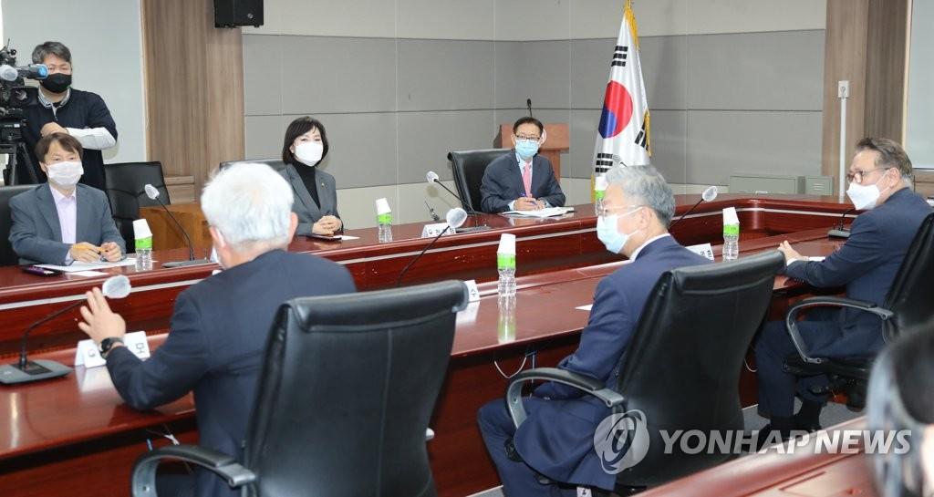 韩政府重申不再向放弃医考学生提供应试机会
