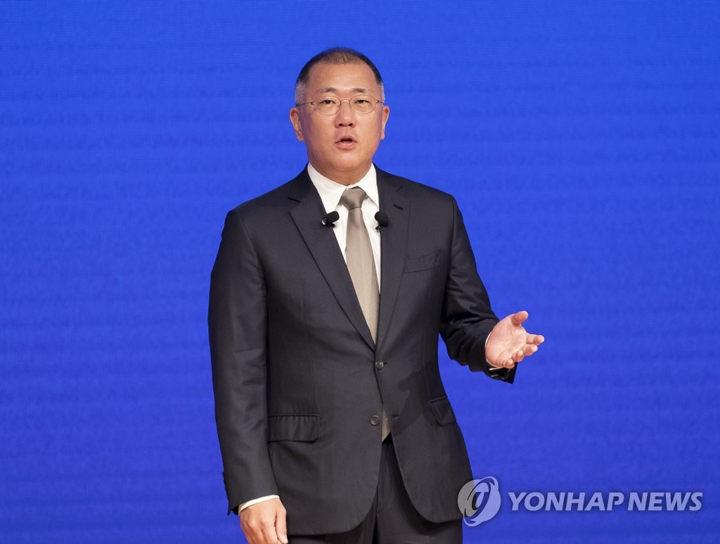 资料图片:现代汽车集团会长郑义宣 韩联社