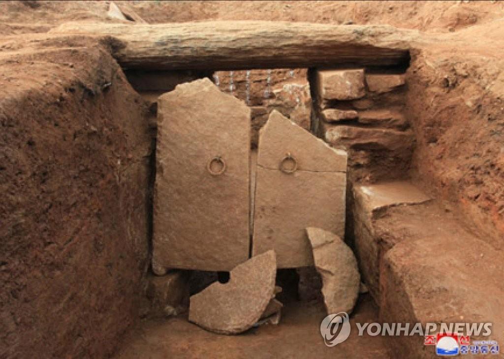朝鲜发现高句丽壁画墓