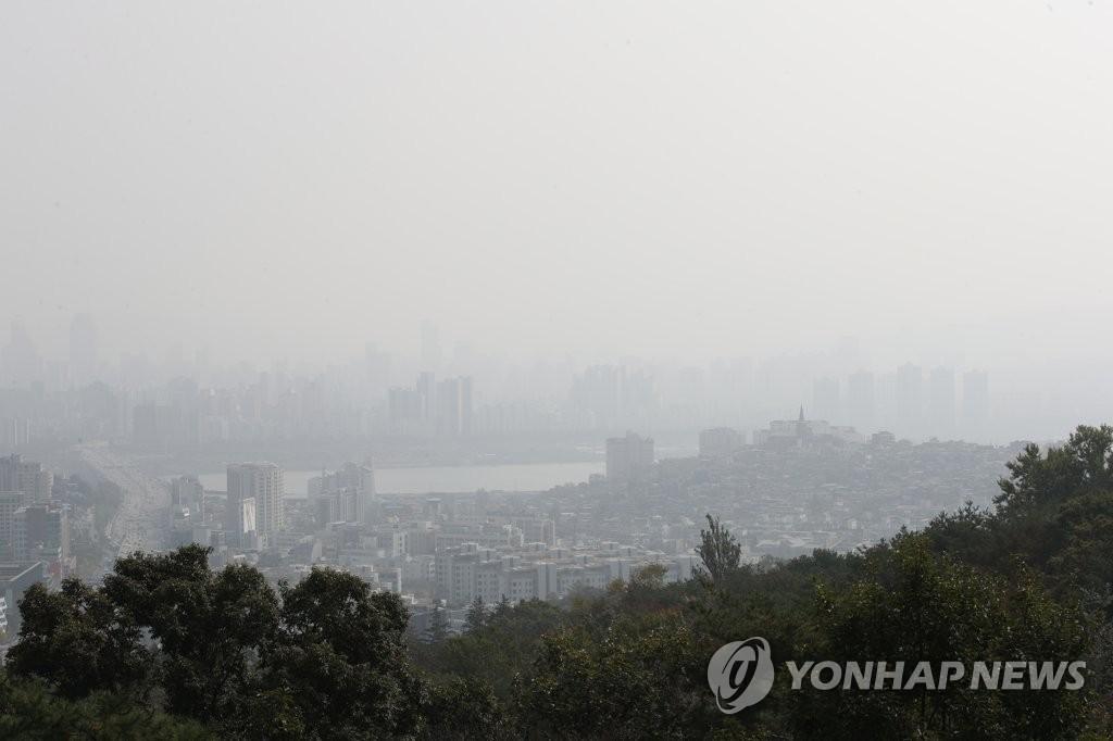 首尔发布雾霾预警