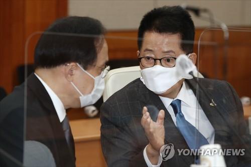 韩情报机构:金正恩或在劳动党八大升为大元帅