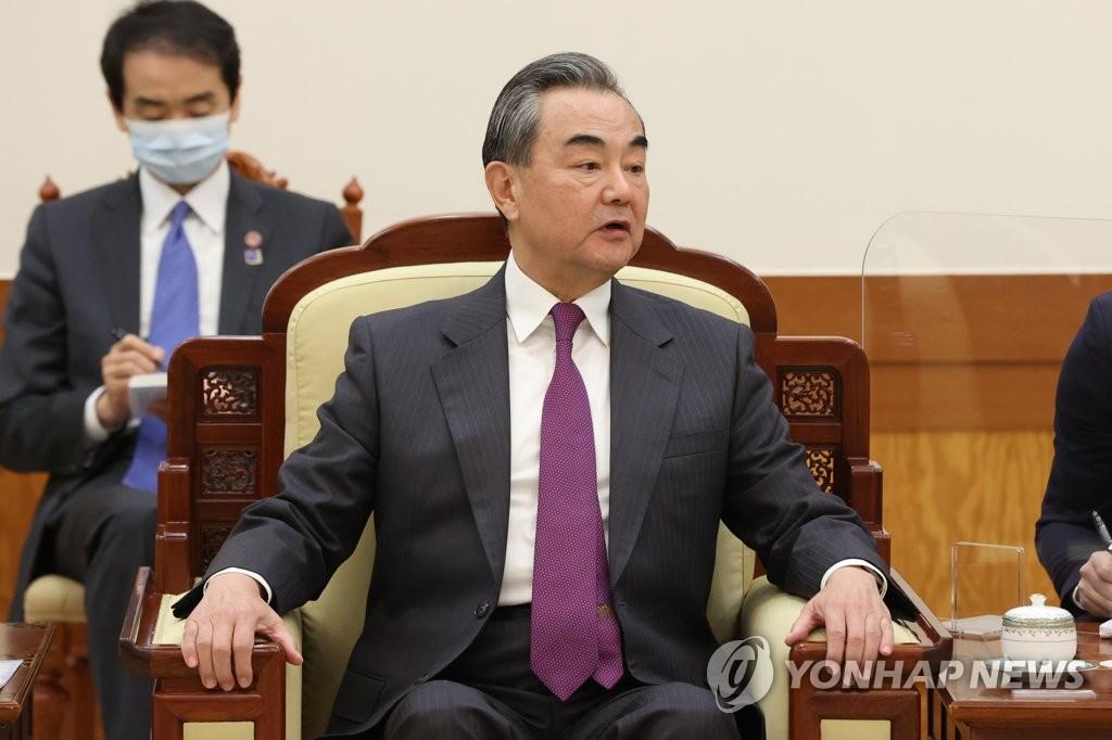 中国外长王毅今会见韩执政阵营人士下午回国