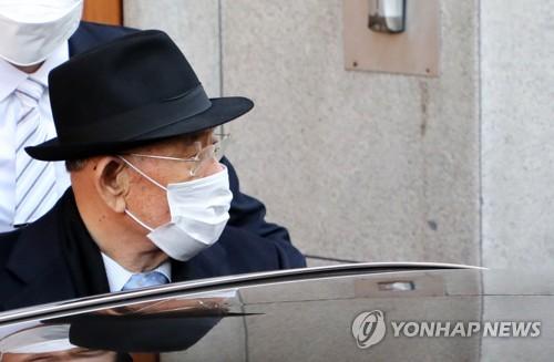 韩检方明年年底前将追缴全斗焕941万元资产
