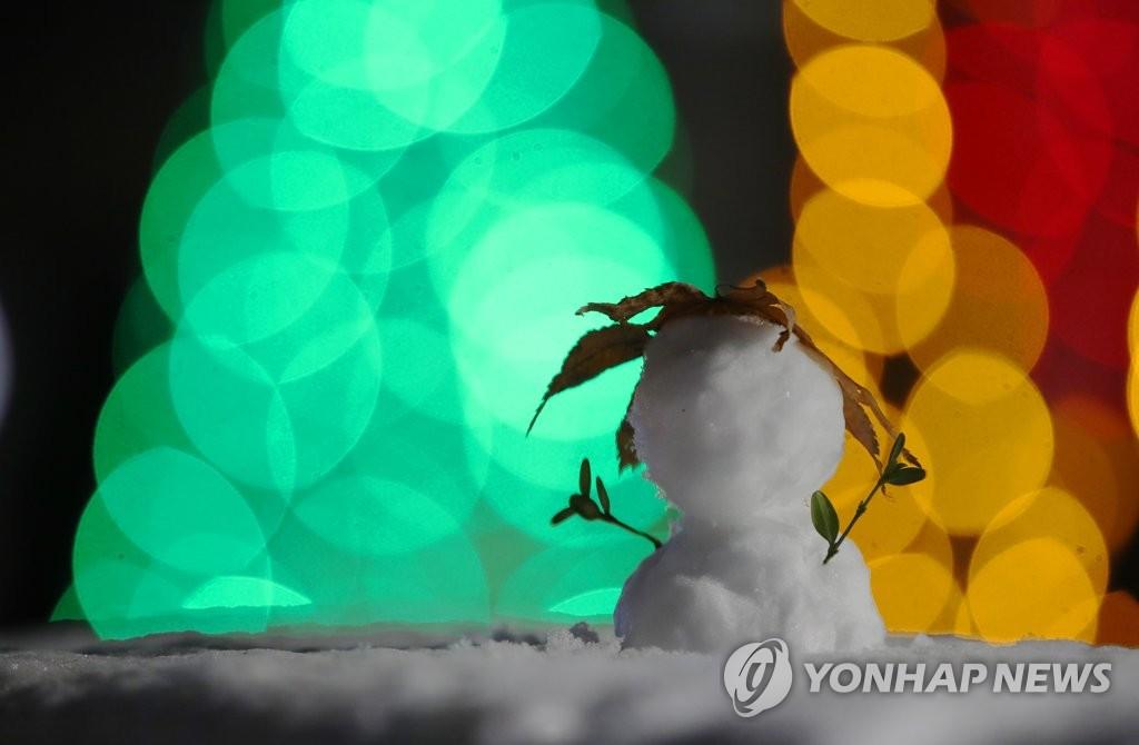 资料图片:雪人 韩联社