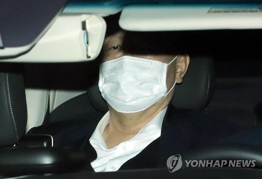 韩检察总长向法院申请取消停职处分