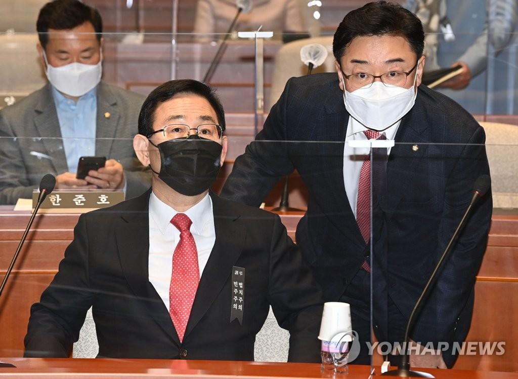 韩最大在野党党鞭表明辞意被挽留