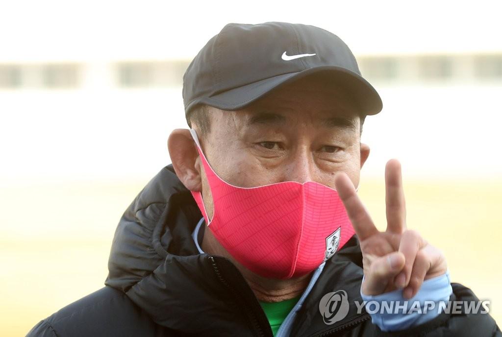 韩国国奥队主教练金鹤范 韩联社