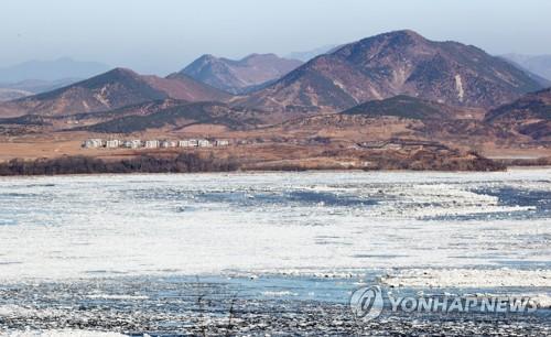 临津江结冰