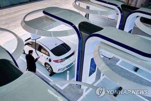 现代汽车快速充电站