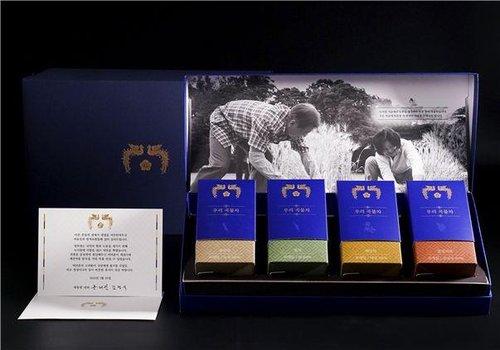韩总统夫妇的礼物