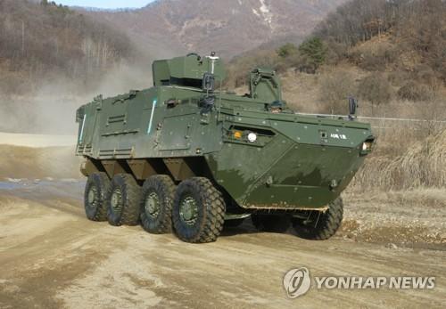 韩成功研发轮式指挥车