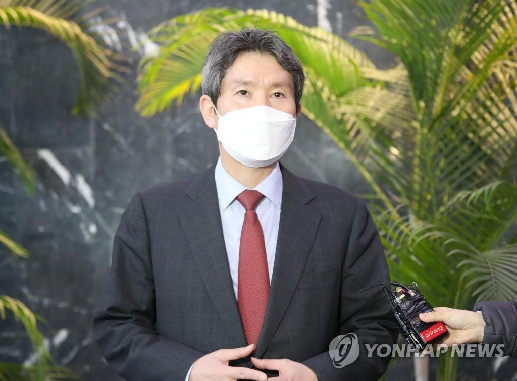 韩统一部长官驳斥在野党援朝建核电站说法