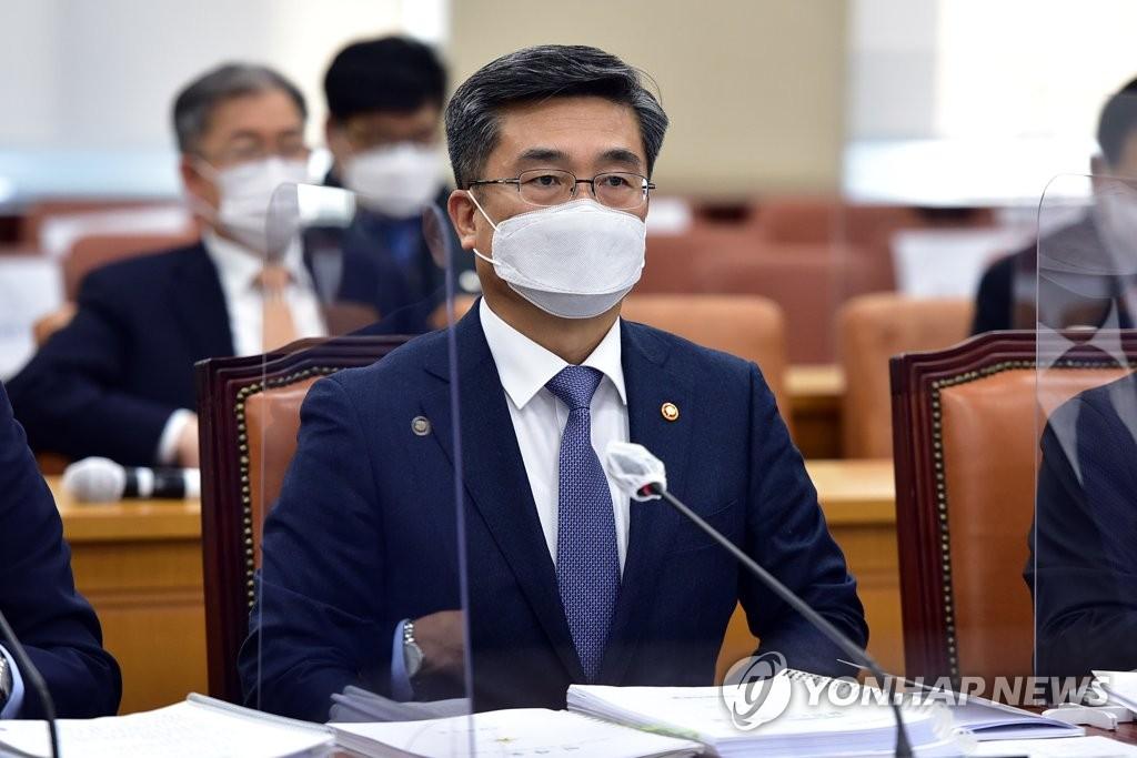韩防长就朝鲜人越界暴露边防漏洞道歉