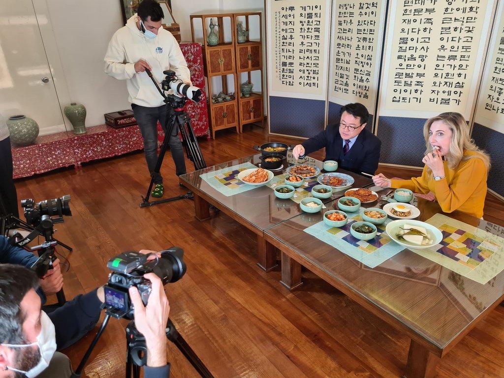 韩国驻土耳其文化院宣传泡菜