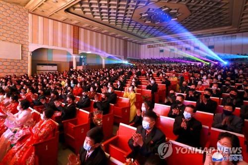 朝鲜举行文艺比赛迎金日成生日