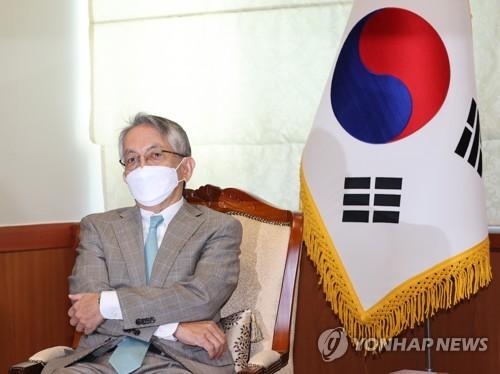 详讯:日本新任驻韩大使履新会见韩副外长