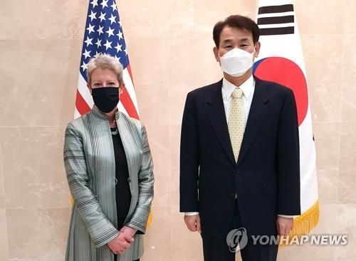 韩美军费谈判首席代表