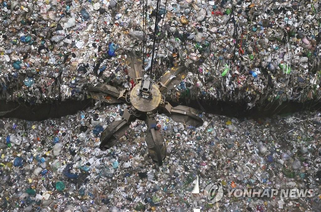 韩垃圾填埋难以为继 十年后或迎垃圾大乱