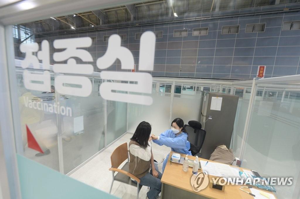 韩政府明开会讨论休疫苗假方案