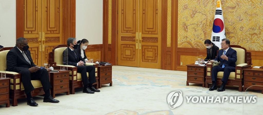 文在寅:继续努力恢复韩日关系