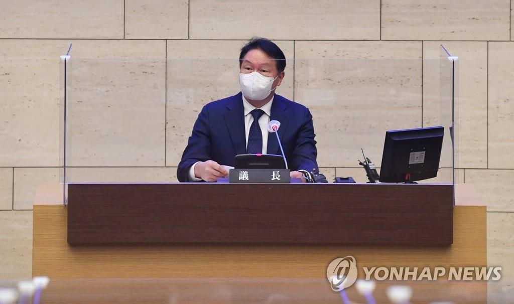 大韩商会会长崔泰源将致函中日等国商会提议深化合作