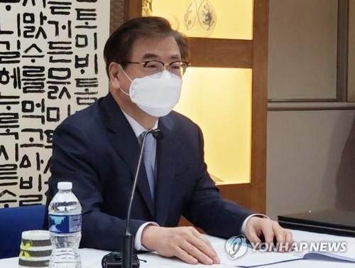韩青瓦台:携手各方早日重启朝美及韩朝对话