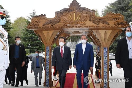 韩总理会见伊朗副总统