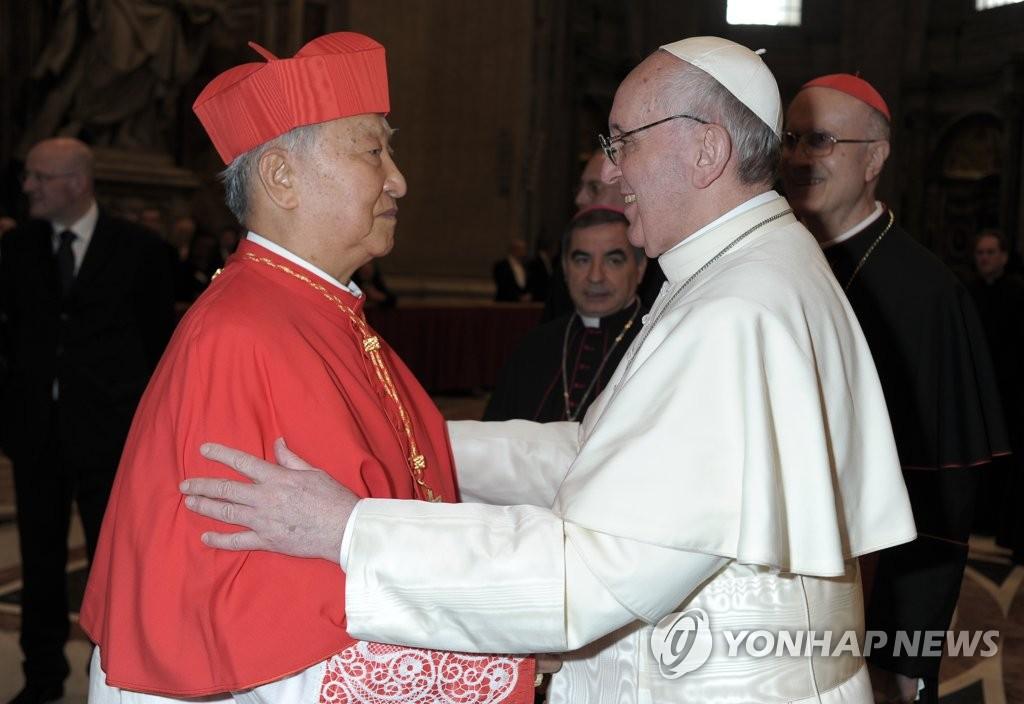 教皇方济各致电哀悼韩枢机主教郑镇奭