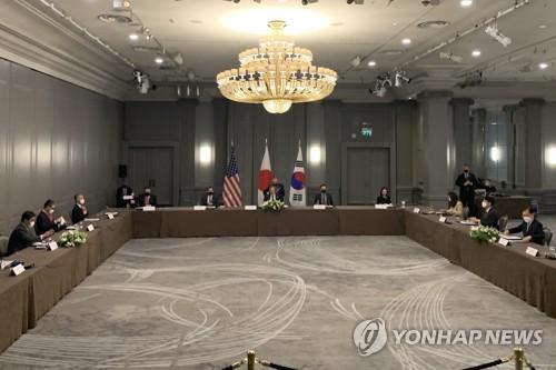详讯:韩美日三国外长在伦敦举行会谈