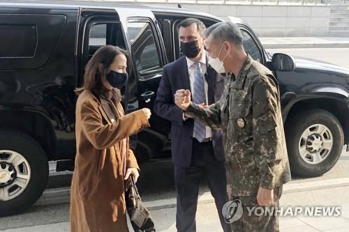 韩美情报机构高官会晤