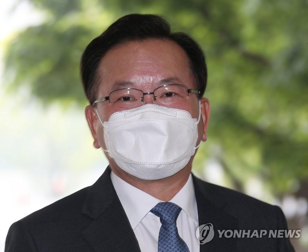 资料图片:新任国务总理金富谦 韩联社