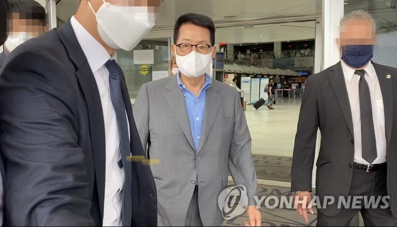 韩情报首长朴智元结束访美行程今回国