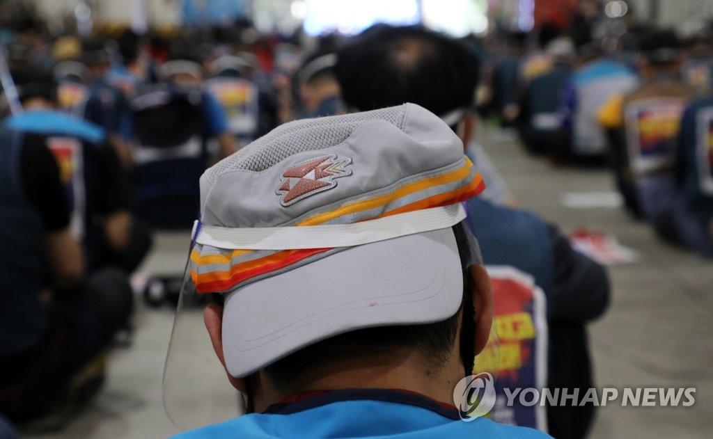 韩快递业劳资就防止快递员过劳死对策达成协议