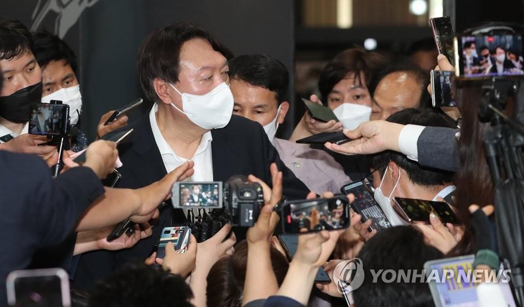 消息:韩前检察总长尹锡悦或近期宣布参选总统