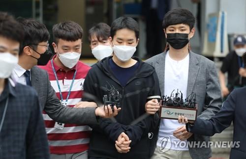 韩非法散布祼聊视频案嫌疑人被送检