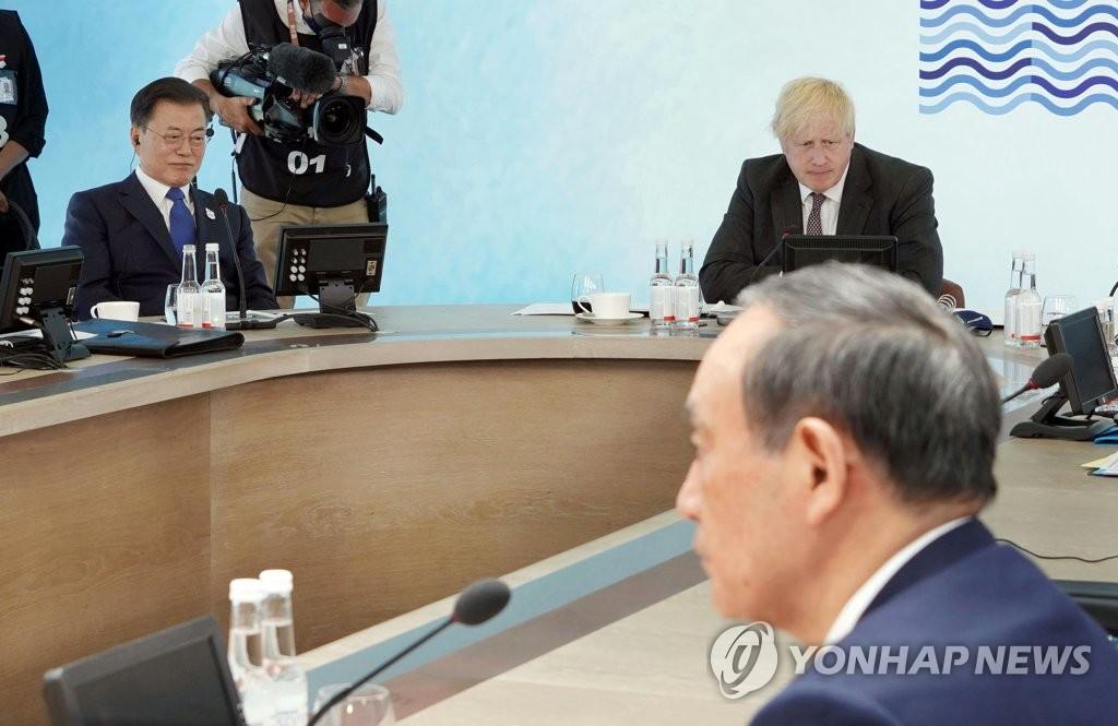 韩青瓦台:将继续以开放姿态与日方协商对话