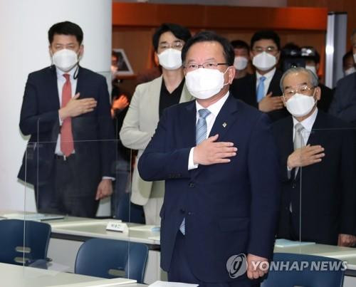 韩总理提议从人道主义项目入手推动韩朝合作