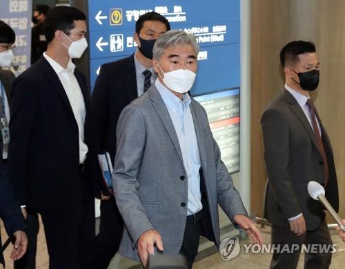 美国对朝特别代表星·金访韩
