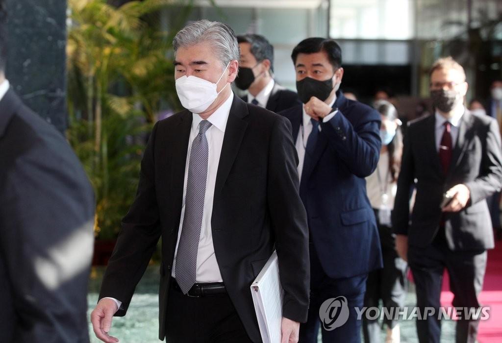 美对朝代表抵达韩政府大楼