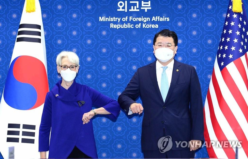 韩美高层通话高度评价韩朝恢复联络