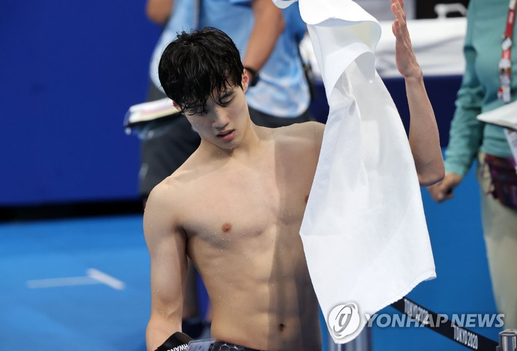 7月27日,东京奥运会男子100米自由泳分组预赛第7组比赛在日本东京水上运动中心举行。韩国泳坛黄宣优以47秒97打破韩国纪录,排名小组第二,顺利进入半决赛。 韩联社