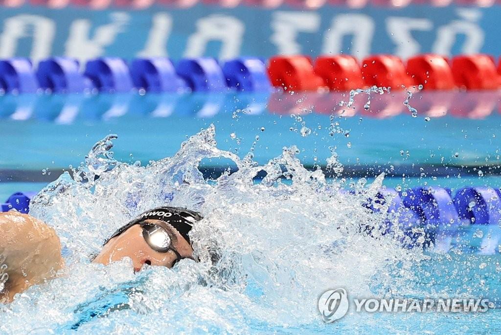 资料图片:泳坛新星黄宣优 韩联社