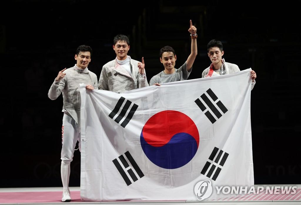 详讯:韩国队斩获东京奥运男子佩剑团体金牌