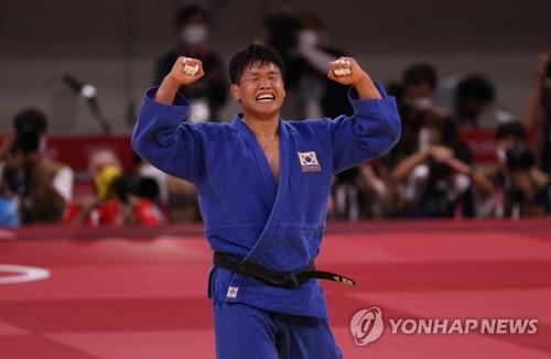韩国选手赵求含晋级东奥柔道男子100公斤级决赛