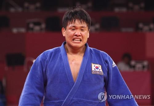 韩国赵求含夺得东奥柔道男子100公斤级银牌