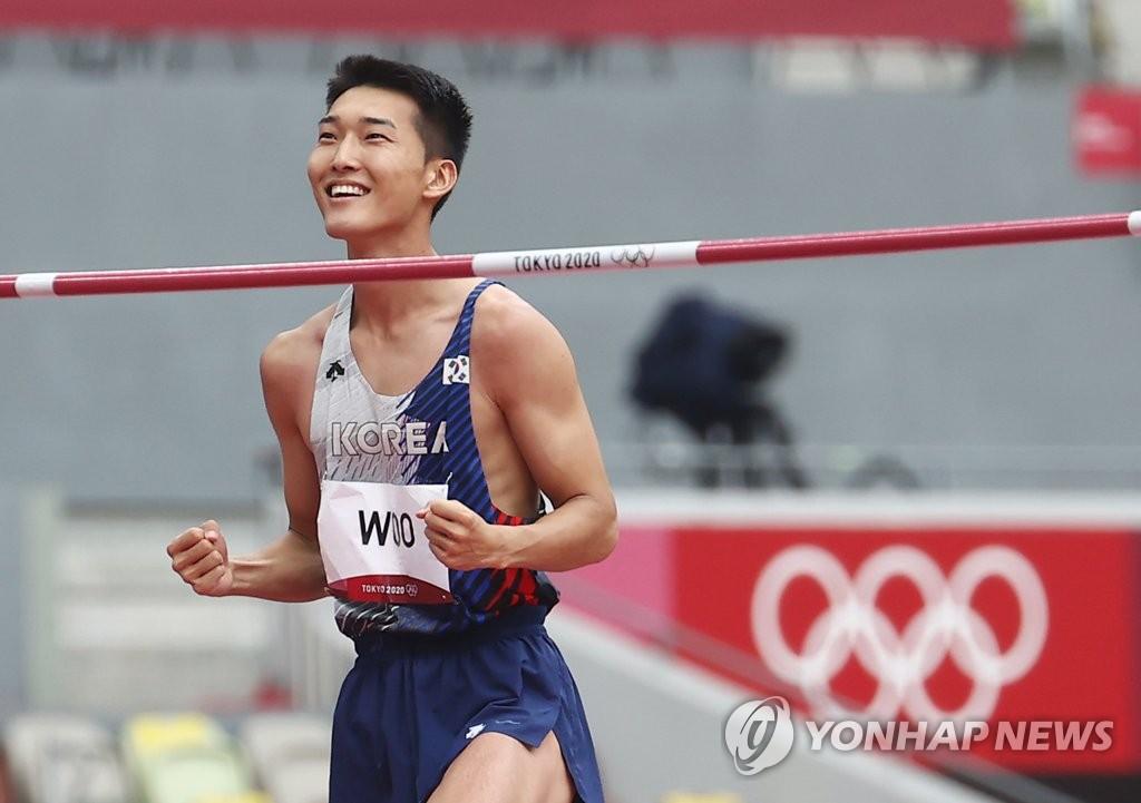7月30日,禹相赫在东京奥林匹克体育场举行的2020东京奥运田径男子跳高资格赛上跳出2.28米的成绩,成功进军决赛。 韩联社