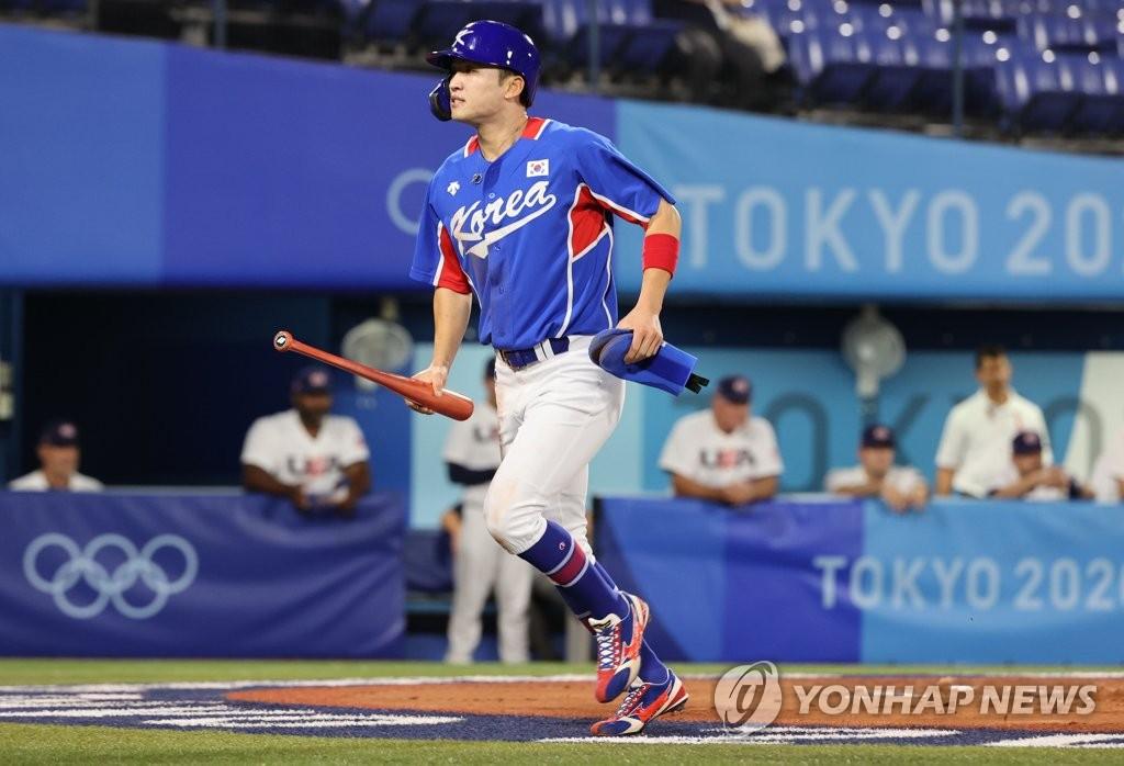 7月31日,东京奥运会棒球分组循环赛B组第二轮韩国队对阵美国的比赛在日本横滨棒球场进行。图为韩国队朴海旻。 韩联社