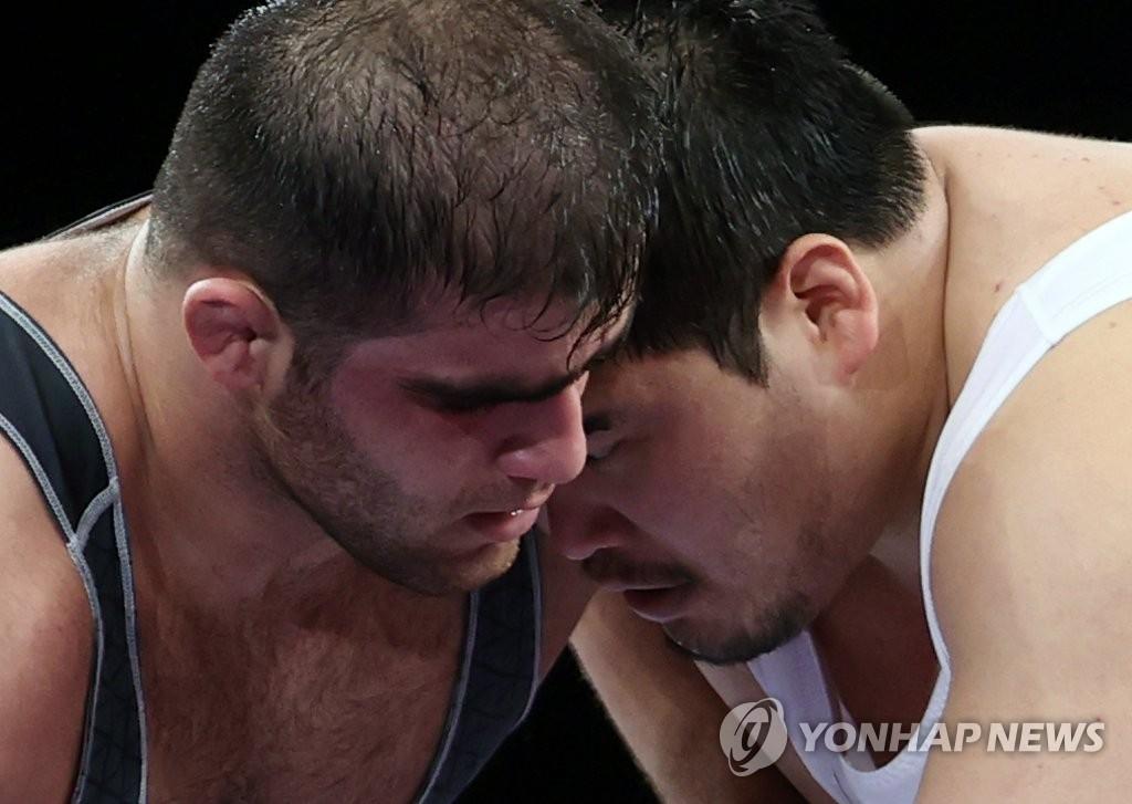 东奥摔跤男子130公斤级16强赛