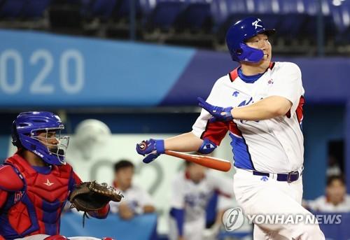 韩国棒球队以4比3击败多米尼加
