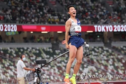 男子跳高禹相赫刷新韩国纪录